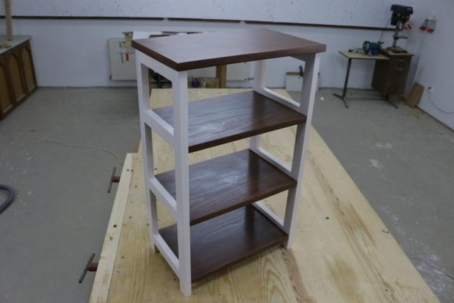Szafka drewniana na koszyki, na kosmetyki, toaletka, do łazienki.