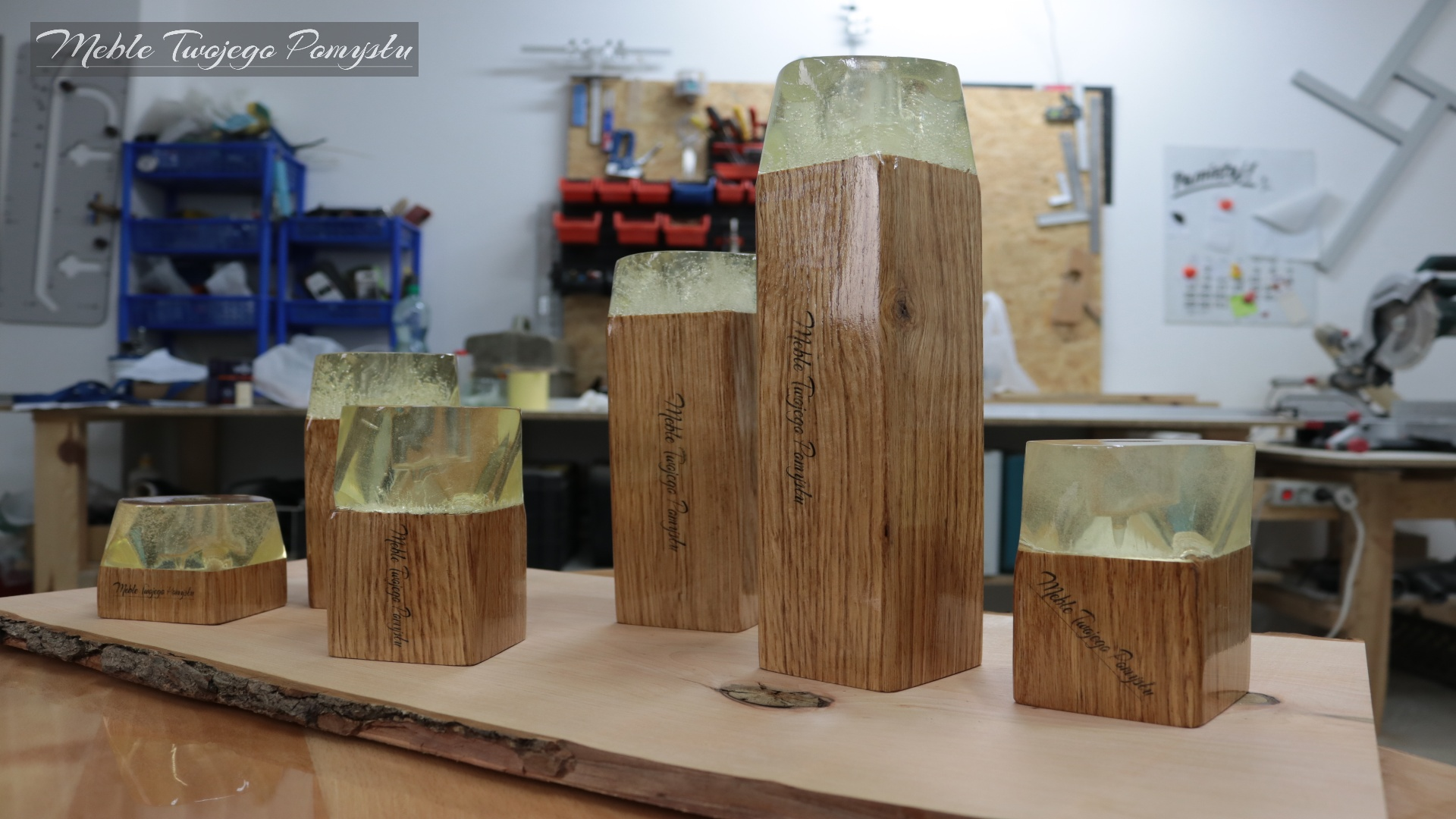 Drewno dębowe zalane zostało żywicą epoksydową Ciech Sarzyna
